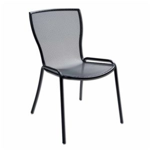 Arredo giardino sedie tavoli ombrelloni e gazebo for Arredo giardino in ferro